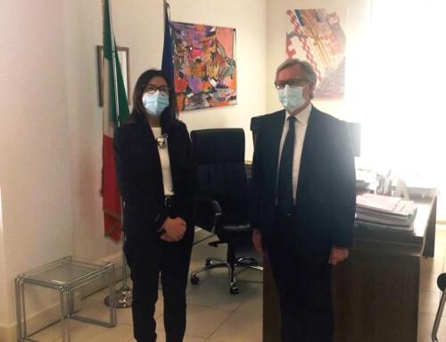 Il Prefetto Cinzia Torraco riceve il Presidente dell'Accademia di Belle Arti, Rinaldo Tordera.